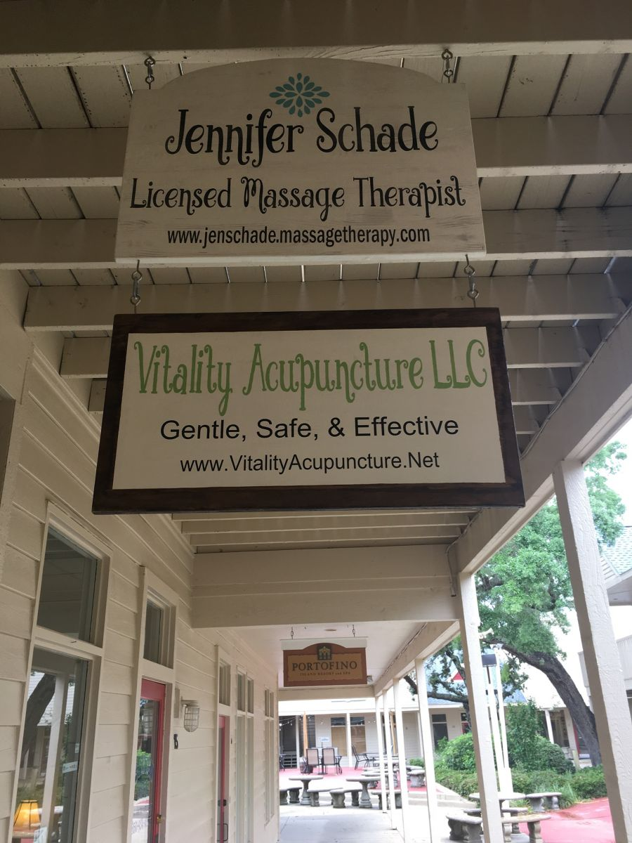 Front Entrance to Jennifer Schade LMT & Vitality Acupuncture, LLC